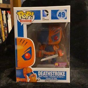 ✨ original packaging ✨ Deathstroke POP figure